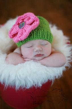 Hand-Knit FlOwEr Cap for BaBy - 3 to 6 Months - Everyday/Pho